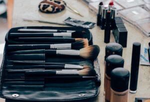 Profesjonalne kosmetyki do makijażu z najwyższej półki